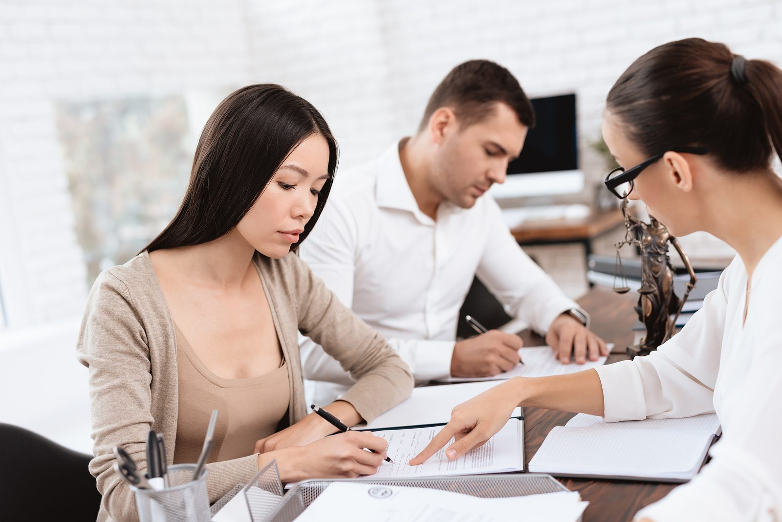 Family Lawyer in Townsville – 4 Practical Matters to Consider Before Divorce
