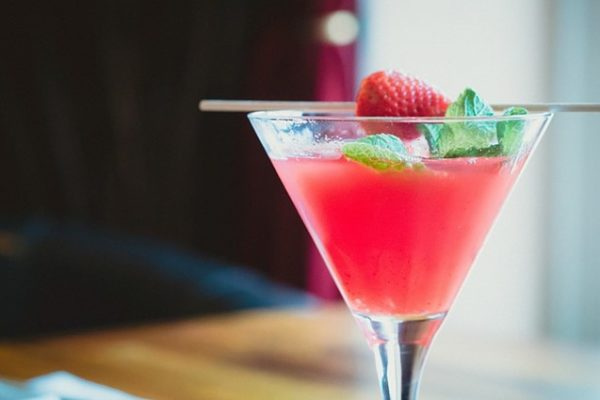 Enjoy the best cocktails at the Hooch & Fellow